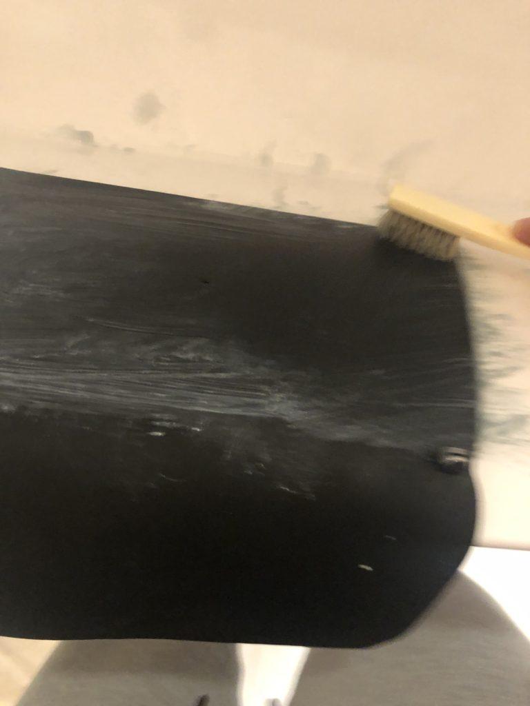サドルソープでトラベラーズノートを洗う