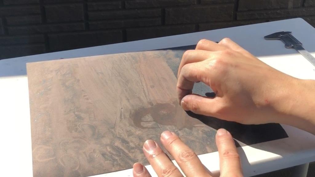 銅とシルバーのバイカラーバングル さらに形を整える